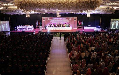 Universitas Surakarta Wisudakan 775 Lulusan